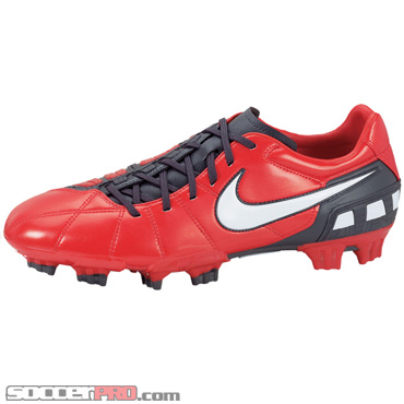 Nike Total 90 Strike III FG-Red