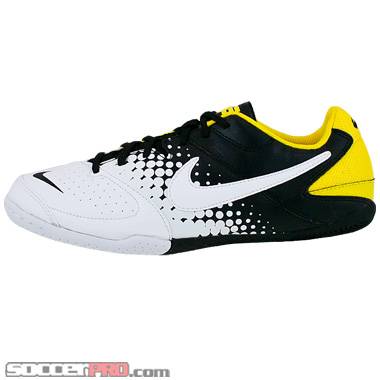Nike5 Youth Elastico Review – Black with White and Tour Yellow