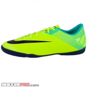 half off 881b1 edd9a Nike Youth Mercurial Victory II IC Review - Volt with Retro ...