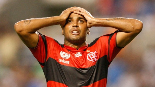 Goals My Granny Could Have Scored: Flamengo's Deivid Misses Open Goal from 1 Yard Out…(Video)