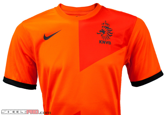 competitive price d44d8 c5856 Revealed: The 2012-13 Nike Netherlands Home Jersey ...