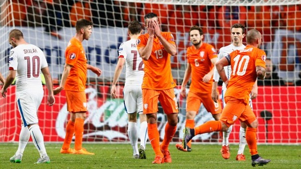 Netherlands Miss Out on Euro 2016